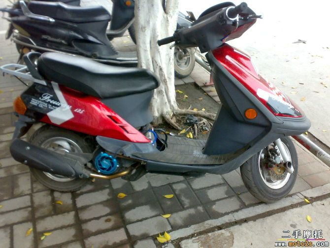改装125女装摩托车