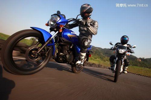 试驾钱江畅跑QJ125 19
